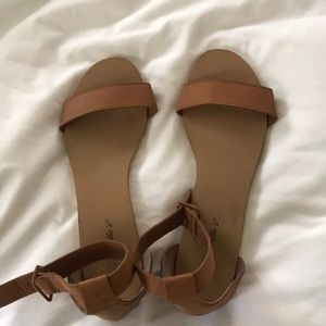 Flat cognac sandals